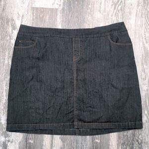 3/$20 R.Jeans Jean Skort Size 18